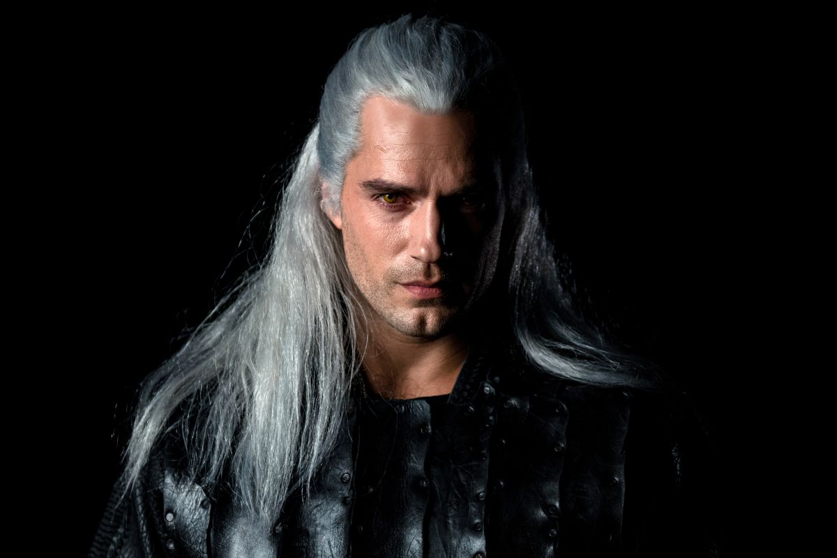 henry cavill serial the witcher